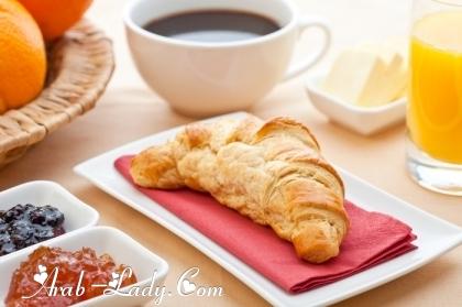 فوائد متعددة لوجبة الإفطار