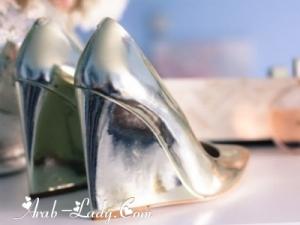 927f6df22 8 أحذية فضية لامعة وأنيقة تقدم مجلة المرأة العربية ...