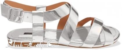 548c105c5 8 أحذية فضية لامعة وأنيقة - مجلة المرأة العربية