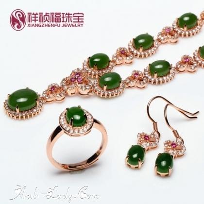 ارقى المجوهرات المرصعة بالاحجار الكريمة 140178433131.jpg