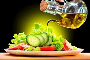 فوائد صحية وتجميلية لزيت البصل