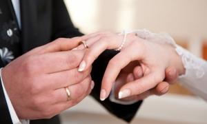 تزوج عليها.. لم تطلب الطلاق ولم تقتله.. ولكنها فكرت بحيلة لم يتوقعها احد!