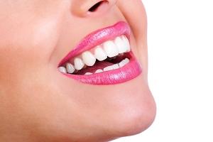 خلطة للتخلص من البقع الداكنة حول الفم