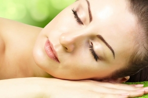 زيت الزيتون لتقليل نمو الشعر طبيعيًا