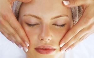 4 خلطات طبيعية لازالة شعر الوجه