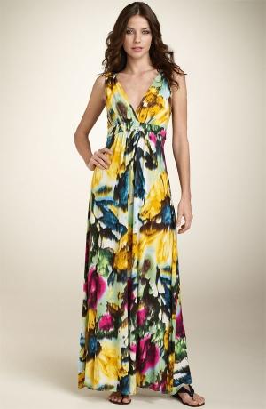 تشكيلة متميزة من الفساتين لأناقتك الصيفية ...ستعجبك