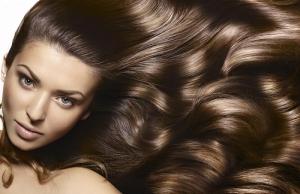 اعتمدي الوصفة الهندية لمنح شعرك طولا وكثافة قوية