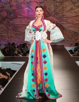 مجموعة من التصاميم الراقية من القفطان المغربي لأناقتك الخريفية