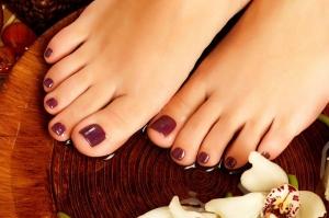 تخلصي من الرائحة الكريهة في قدميك وسموم الجسم مع هذه الوصفة