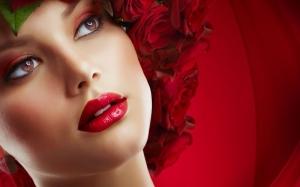 تدريجات الأحمر تميز شفاهك بأناقة في عيد الأضحى