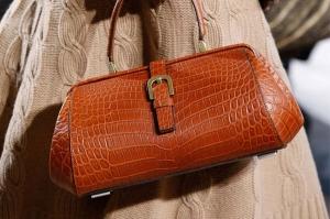 مايكل كورس تطلق مجموعة من الحقائب محدودة الصنع في الشرق الأوسط