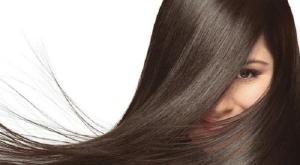 امنحي شعرك اللمعان والجاذبية مع هذه الوصفة الطبيعية