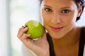 عالجي بشرتك الذهنية في وقت قصير باعتماد قناع التفاح