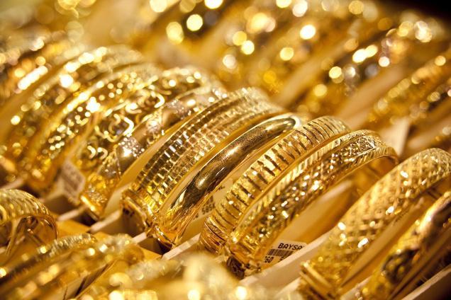 تداول الذهب .. طريق الثريات للاستمتاع بعبق الحياة !