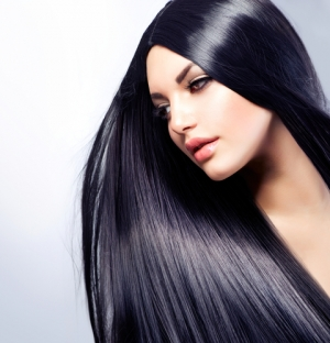 امنحي شعرك اللمعان الطبيعي مع هذه الوصفة المميزة