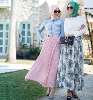 اختاري قطع الجينز لتتألقي بحجابك العصري في شتاء 2017