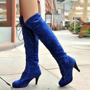 تميزي في إطلالاتك الشتوية مع هذه الأحذية الجذابة ذات الرقبة الطويلة