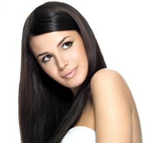 امنحي شعرك لمعانا براقا وجذابا باعتماد هذه الوصفة البسيطة