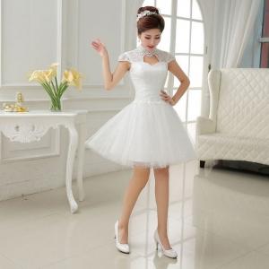 تشكيلة مميزة من فساتين الزفاف القصيرة  تميز إطلالة العروس