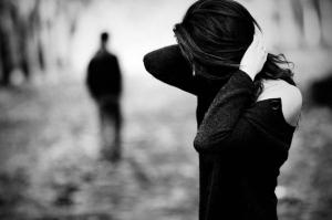 6 علامات تدل أنه غير مقتنع بك كزوجة