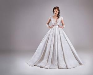 تشكيلة راقية من فساتين الزفاف الناعمة باللمسة المنفوشة تزيد إطلالتك رقة في 2017