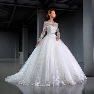 طرح تشكيلة مميزة من فساتين الزفاف الراقية لعروس ربيع 2017