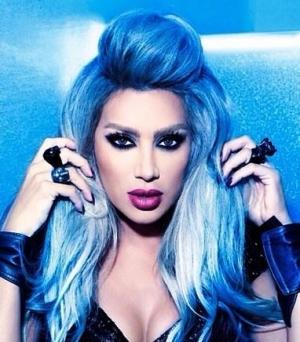 اختاري جمالية اللون الأزرق في شعرك لموسم شتاء 2017