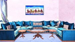 تشكيلات هائلة ومميزة من الصالون المغربي بجمالية اللون الأزرق