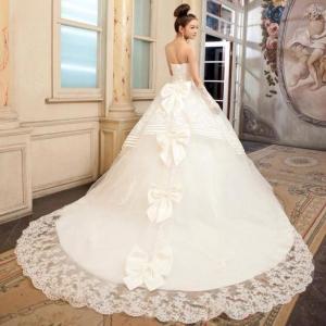 فساتين زفاف راقية لكل عروس أنيقة من المصمم العالمي سعد سويدي