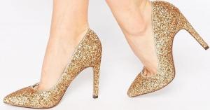 الجمالية الذهبية تزين أحذية السهرات الخاصة بموسم 2017