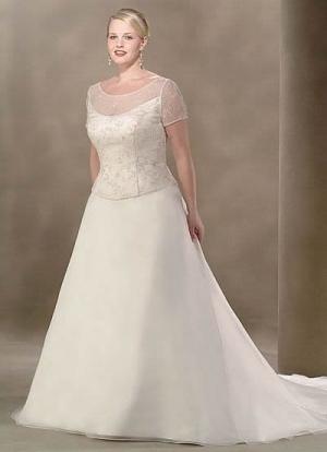 باقات راقية من فساتين الزفاف المخصصة للبدينات تتميز بجماليتها الراقية