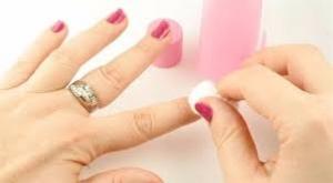 الأسيتون يسبب جفاف الأظافر