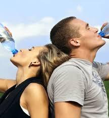 هل يؤثر عدم شرب المياه على العلاقة الجنسية؟