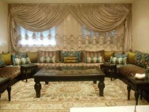 اجعلي منزلك مميزا وعريقا باختيار خامة الصالون المغربي الراقي