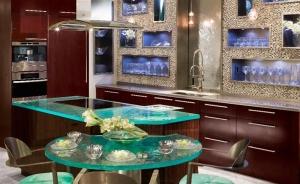 المطبخ الزجاجي أناقة فاخرة تزيد منزلك رونقا جذابا وساحرا