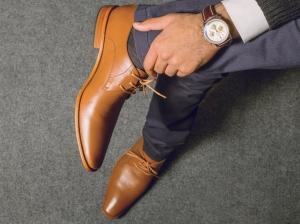 أناقة الرجل تكمن في مدى أناقة الحذاء الذي يرتديه