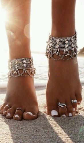 خلخال القدم لجمال قدميك وأنوثة طاغية