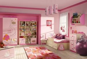 حولي غرفة ابنتك إلى مملكتها الخاصة بلمسات راقية