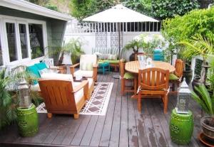 اعتمدي هذه الطرق لتزيين حديقة منزلك وجعلها غاية في الجمال