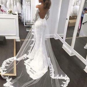 فساتين زفاف بذيل طويل لعروس 2017