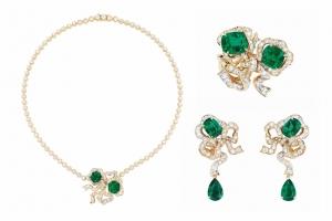 تشكيلة مميزة من المجوهرات تطلقها ديور لتحتفل بالمرأة في فصل الصيف