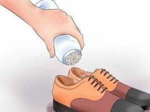 إعتمدي هذه الطرق لعلاج قدمك من الرائحة الكريهة نهائيًا