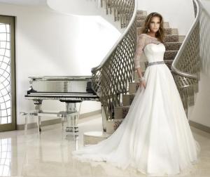باقة راقية من فساتين الزفاف من المصممة نعمة ويكلان