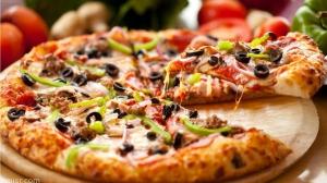 طريقة بسيطة لإعداد البيتزا في المنزل