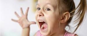 طريقة التعامل مع إزعاج الطفل