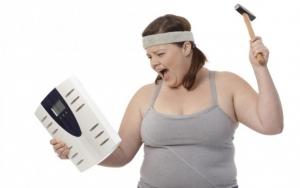 لماذا يزيد الوزن في رمضان رغم الصيام لساعات طويلة؟