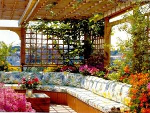 لا تبخلي على حديقتك المنزلية باللمسات الراقية والجذابة في اختيار الجلسة الخارجية
