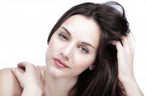 استخدمي قناع البطاطس للحصول على شعر جذاب وكثيف في وقت قصير