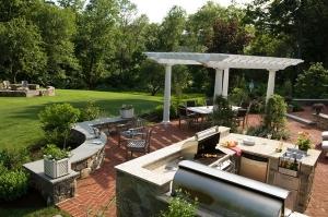 امنحي حديقة منزلك رونقا كلاسيكيا باعتماد هذه الأفكار