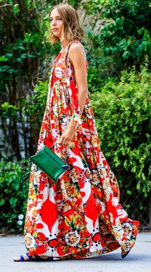 اختاري أناقتك المثالية مع هذه الفساتين الراقية لإطلالات الصيف
